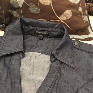 NWOT Ladies express denim shirt